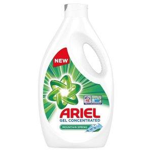 Ariel Mountain Spring prací gél 2,64l na 48 praní